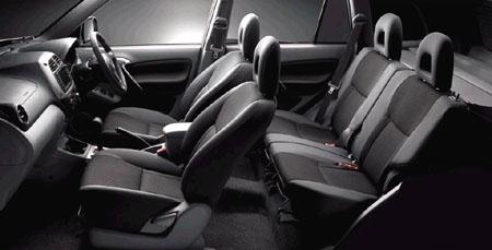 rav4_interior02 マニュアル車