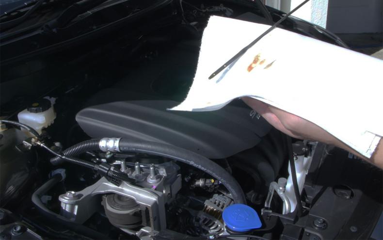 新型デミオ DJデミオ 13S MT エンジンオイルチェック