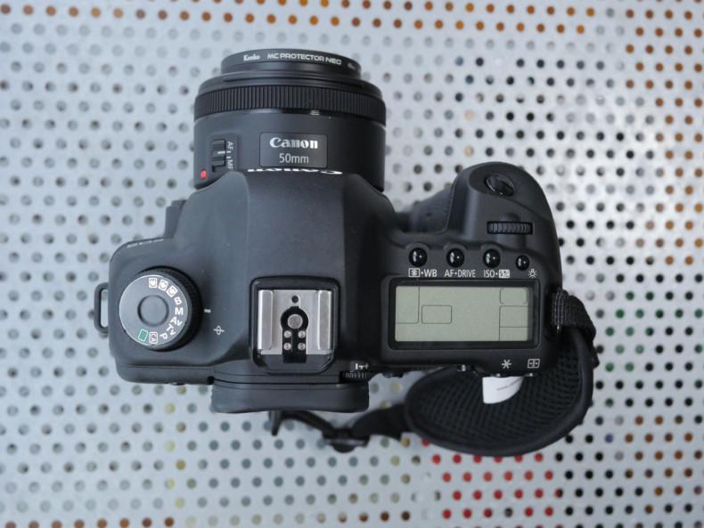 ヤフオクで落札したカメラをチェック